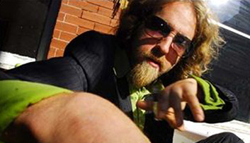 Josh Blue joking around